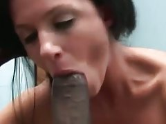 India summer sucks bisexual cocks