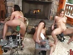 Sexy Babes Get Tired Of Skiing and Come Back For a Fuck